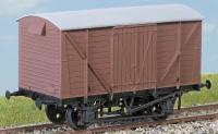 PC07A Parkside Dundas BR 12 Ton Goods Van Kit with planked sides